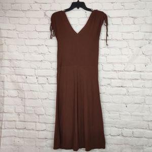 🌵Obey v neck dress